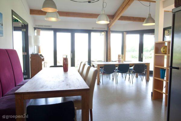 Groepsaccommodatie Waarland - Nederland - Noord-Holland - 30 personen - woonkamer